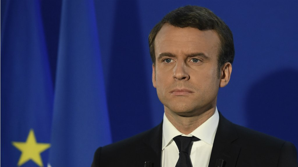 Macron begin labour deregulation, ignores workers' demands